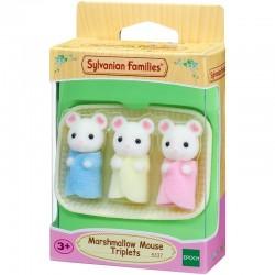 Trillizos ratones blancos